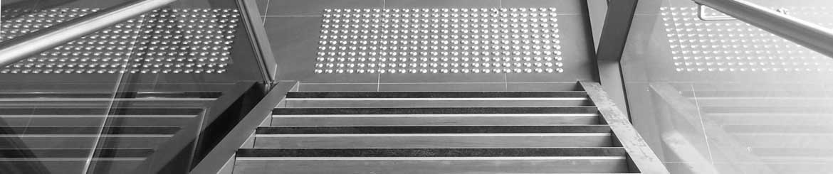 Anti Slip Work Theiss stair nosing & tactiles